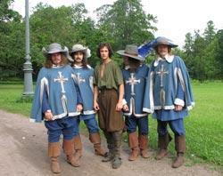 Три мушкетера и д'Артаньян в Гатчинском парке